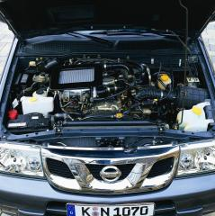 nissan-terrano-2004-motor