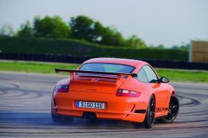 porsche-911-gt3-rs-drift