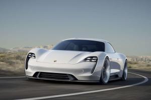 Porsche-Mission-E-Exterieur-Frontansicht